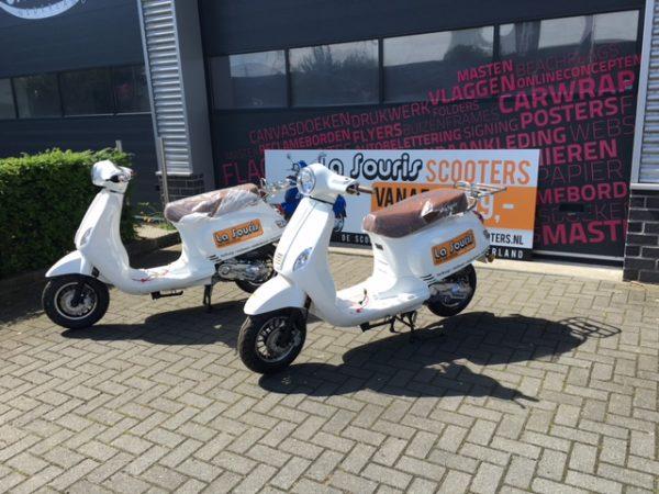 Belettering La Souris Scooters